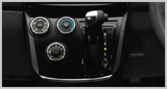 Interior_07_Alza_gear-shift